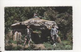 Envirosn De St SULPICE LES FEUILLES - Vallée De La Benaize - Le Dolmen De La Pierre Levée - Saint Sulpice Les Feuilles