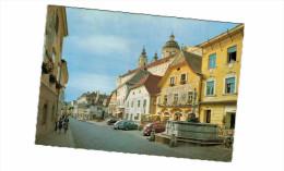Autriche - Melk Hauptplatz - Voiture Coccinelle ( ! Mehrere Falte) - Melk