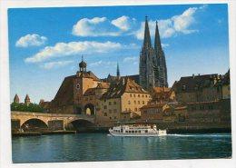 GERMANY - AK 219161 Regensburg An Der Donau - Steinerne Brücke - Blick Zum Dom - Regensburg