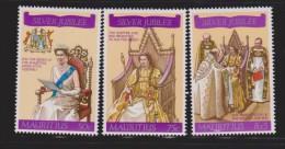 Mauritius 1977 QEII Silver Jubilee Set 3 MNH - Mauritius (1968-...)