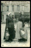 37 - Laitières Des Environs De TOURS - Types Des Bords De Loire - Non Classés