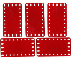 5 MECCANO  metalen platen -  old metal plates  - 11,4 cm x 6,4 cm   - Rood / Rot / Red / Rouge (1 scan)