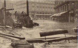 75 CPA PARIS Inondations 1910 Saint Lazare Et Rue De L' Arcade - La Crecida Del Sena De 1910