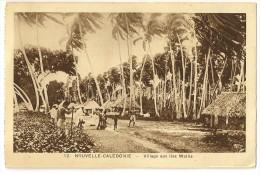 S2354 - 12. Nouvelle Calédonie - Village Aux îles Wallis - Nouvelle-Calédonie