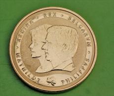 Belle Médaille Du Roi Philippe Et De La Reine Mathilde 2014 - Belgique - Royaux / De Noblesse