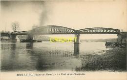 Cpa 77 Bois Le Roi, Pont De La Chartrette, Remorqueur Et Train De Péniches - Bois Le Roi