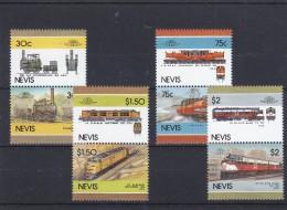 Nevis . Serie Di 8 Val. Nuovi  Treni - Eisenbahnen