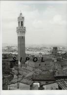 Italie Sienne - Palazzo Pubblico - Torre Del Mangia Juin 1973  TBE  - 24 X 30 Cm Env - Luoghi