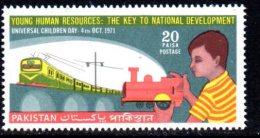 Pakistan 1971 Children´s Day Train, MNH (D) - Pakistan