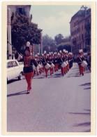 Photo Années 60/70, Fanfare, Nord De La France ?, Peugeot 404 - Photos