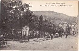 63. LA BOURBOULE. Place Du Jet-d'Eau. 2472 - La Bourboule