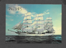 BATEAUX - VOILIERS - SAILLING SHIP - TALL SHIPS - THE CHRISTIAN RADICH - GRAND VOILIER - BY POSTCARD FACTORY - Veleros