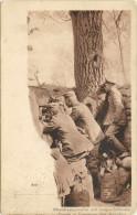 MILITAIRES  ALLEMANDS MASCHINENGEWEHRE  AUF VORGESCHOBENEM - Guerre 1914-18