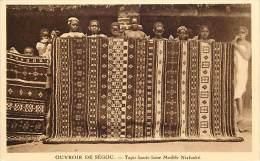 Ref E167 - Afrique -mali - (anciennement Soudan)- Ouvroir De Segou - Metiers -tapis Haute Laine Modele Niafunké  - - Mali
