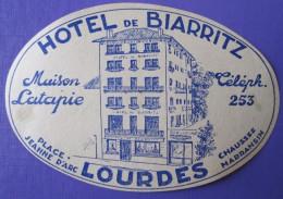 HOTEL AUBERGE MOTEL BIARRITZ LOURDES PARIS FRANCE DECAL STICKER VINTAGE LUGGAGE LABEL ETIQUETTE AUFKLEBER - Hotel Labels
