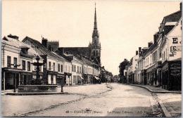 27 CONCHES - La Place Carnot - Conches-en-Ouche