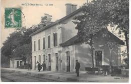 MAUZE - La Gare - Mauze Sur Le Mignon
