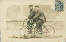 CYCLISME / Deux Hommes à Vélo / Bicyclette / BELLE CARTE GLACEE! - Cyclisme