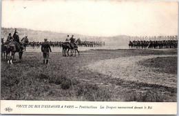 77 FONTAINEBLEAU - Les Dragons En ManÂœuvre Devant Le Roi D'Espagne - Fontainebleau