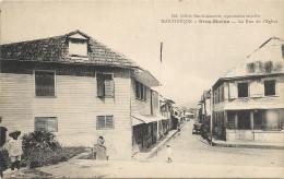 GROS  MORNE    LA  RUE  DE  L  EGLISE - Martinique