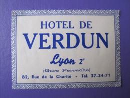 HOTEL AUBERGE DE VERDUN LYON FRANCE TAG DECAL STICKER LUGGAGE LABEL ETIQUETA ETICHETTA ETIQUETTE AUFKLEBER PARIS - Hotel Labels