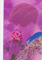 D CPA FANTAISIE FEMME ART DECO KITCH FOND ROSE MAUVE COULEUR REHAUSSE - Women