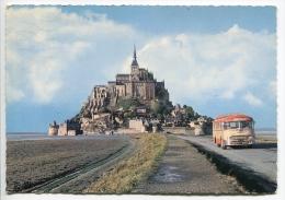 014U/  Autobus Bus Touringcar Coach 1960s Devant Mont St Michel - Bus & Autocars