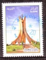 Algérie - Monument Du Martyr - Timbre Oblitéré N° YT 1569 - Algerien (1962-...)