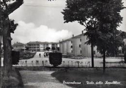 MARCHE-PESARO-FOSSOMBRONE VEDUTA CASE VIALE DELLA REPUBBLICA ANNI/50 - Italia