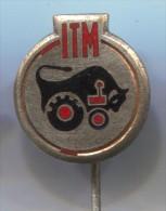 ITM Yugoslavia - Tractor Trattore Tracteur, Vintage Pin Badge, Enamel - Tracteurs