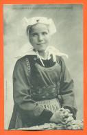 """Dpt  29  Jeune Fille De Gouezec """"   Etude Et Coiffes De Bretagne """"  Folklore - Precurseur - Gouézec"""