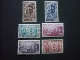 """ALGERIE  *  *  De  1954   """"   Pour  Les  Sinistrés D' Orléanville    """"   N°  319  à  324     6 Val . - Algerije (1924-1962)"""
