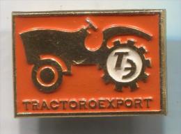 TRACTOROEXPORT - Tractor Combine Agricultural Mach. Russia Soviet Union, Vintage Pin Badge - Tracteurs