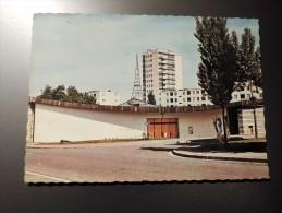 Carte Postale Ancienne : MOURENX : L' Eglise - Autres Communes