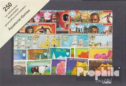 Äquatorialguinea 250 Verschiedene Marken - Äquatorial-Guinea
