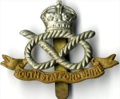 Insigne BRITANIQUE Royaume Unis - Cap Badge SOUTHSTAFFORDSHIR - Landmacht