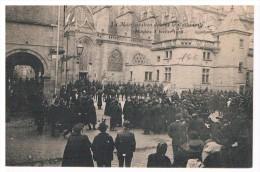03 MOULINS MANIFESTATION DEVANT LA CATHEDRALE - Moulins
