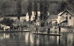 Chateauneuf Les Bains , Le Passage Du Bac Sur La Sioule - Autres Communes