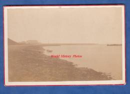 Photo Ancienne Albuminée Avant 1900 - LE CROISIC ( Loire Atlantique ) - Plage Et Bateau - Photos