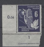 DDR Michel No. 276 ** postfrisch Eckrand