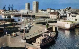 """CHERBOURG   /  50  """"  LE  PORT     """"   CPM / CPSM 10 X 15 - Cherbourg"""