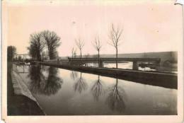 Saint Amand Montrond - Canal Et Le Cher - Saint-Amand-Montrond