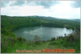 Gour De Tazenat, France. Volcano Lake Postage Card 3268-16 - Postkaarten