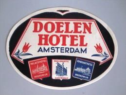 HOTEL MOTEL PENSION AMSTERDAM LOT OF 2 DOELEN HOLLAND NETHERLANDS DECAL STICKER LUGGAGE LABEL ETIQUETTE AUFKLEBER - Etiketten Van Hotels