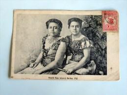 Carte Postale Ancienne :FIJI : South Sea Island Belles, Stamp, Nude - Fidji