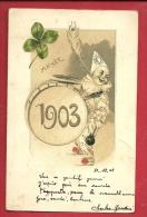 DJA-21  Bonne Année,  Clown Blanc  Et Grosse Caisse, Trèfle à Quatre, En Relief, Gaufré. Précurseur. Cachet 1902 - Nouvel An