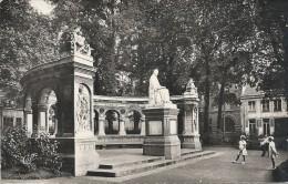 VALENCIENNES - 59 - Le Monument Froissart - CCC - - Valenciennes