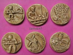 Série Complète De 6 Feves Perso Ancienne En Porcelaine LE PAIN - RENAUD - MIDGARD 1998 ( Feve ) - Sorpresine