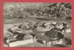 TCHAD - Village d'Aptouyour / cpsm 9x14