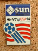 PIN´S FOOTBALL WORLD CUP USA 94 - SUN - Football